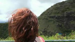 Out of all the places to jerk you off in Hawaii, Emma picks a car!